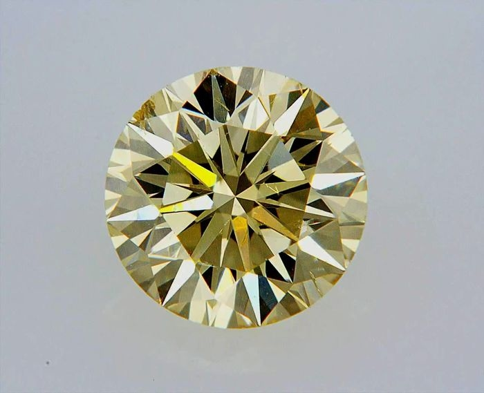 Fancy brownish with certificate 0-93ct